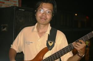 stoneface-basgitarren-som-inte-rorde-manga-ansiktsmuskler
