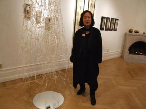 Woo Bock Lee och skulpturen Vinterträd